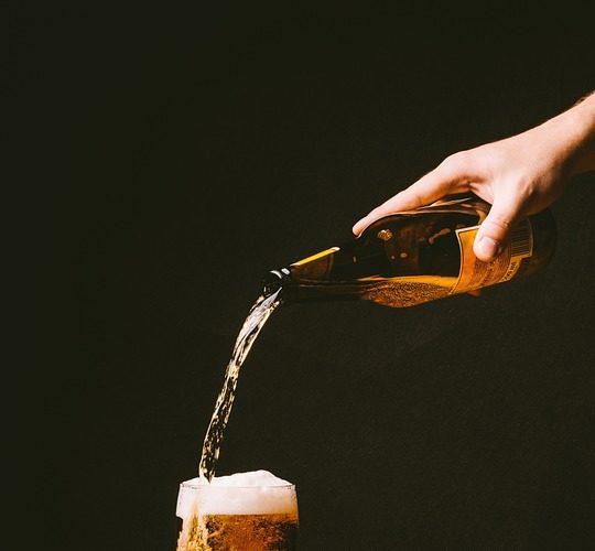 Y tú, ¿sabes tirar una caña de cerveza?